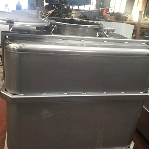不锈钢吨桶应用在石蜡行业